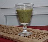 Algen-Frucht-Smoothie (Bild)