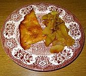Backofenreibekuchen an Apfel-Zwiebel-Gemüse mit Rosmarin à la Didi