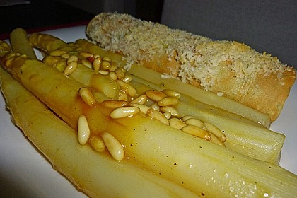 Gebratener Spargel mit Honig und Ziegenfrischkäse - Crêpes 9