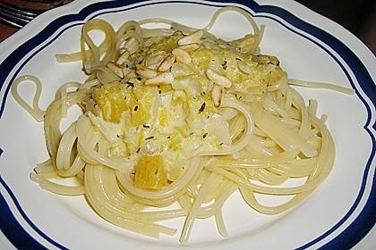 Pasta mit Kürbis und Pinienkernen 7
