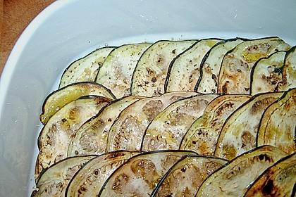 Gegrillte Auberginen mit Rucola und Parmesan 1