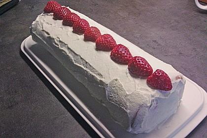 Erdbeer-Sahnerolle 120