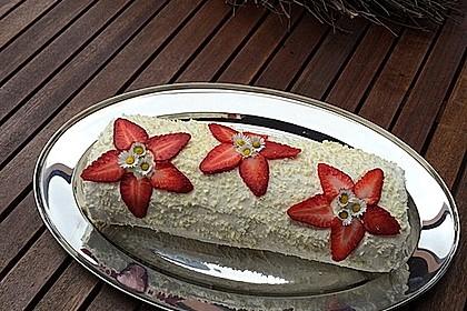 Erdbeer-Sahnerolle 1