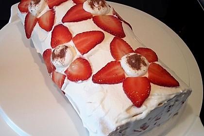 Erdbeer-Sahnerolle 54