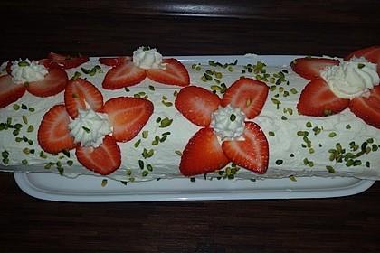 Erdbeer-Sahnerolle 51