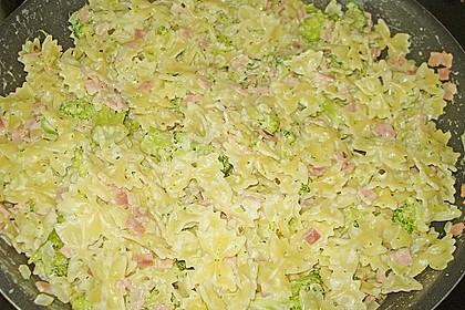 Sahne - Broccoli - Nudeln 34