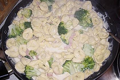 Sahne - Broccoli - Nudeln 30