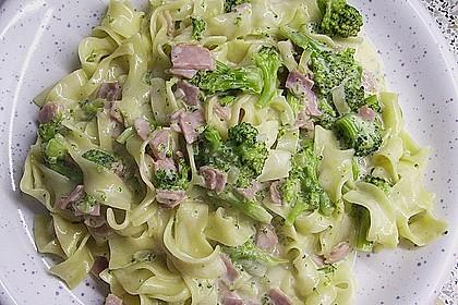 Sahne - Broccoli - Nudeln