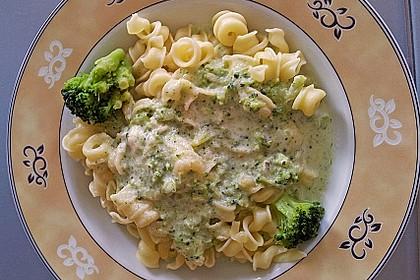 Sahne - Broccoli - Nudeln 6