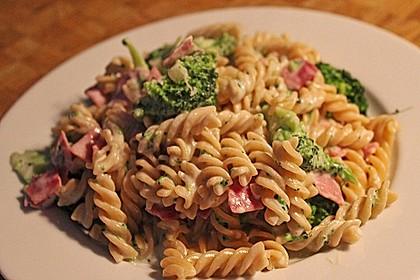 Sahne - Broccoli - Nudeln 15