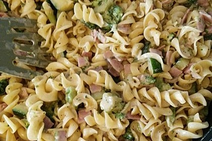 Sahne - Broccoli - Nudeln 14