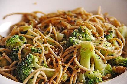 Walnuß & Brokkoli Spaghetti 1