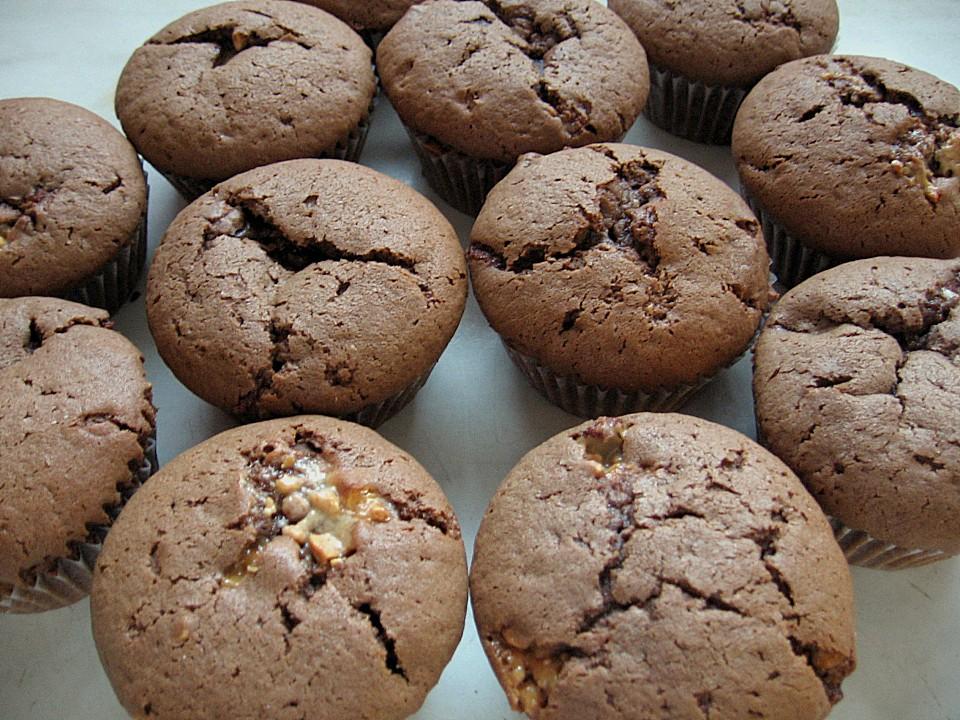 schokoladen snickers muffins rezept mit bild. Black Bedroom Furniture Sets. Home Design Ideas