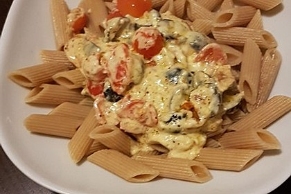 Nudeln mit Tomaten, Schafskäse und Oliven 41
