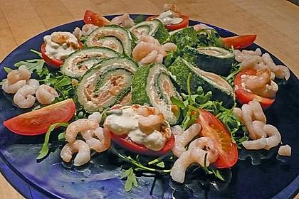 Lachsrolle mit Spinat und Frischkäse 37