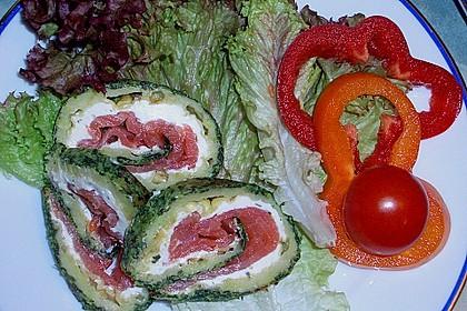 Lachsrolle mit Spinat und Frischkäse 58