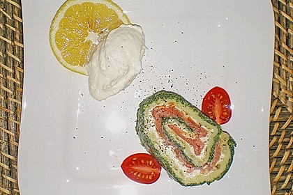 Lachsrolle mit Spinat und Frischkäse 79