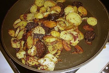 Bratkartoffeln mit Blut - und Leberwurst 2