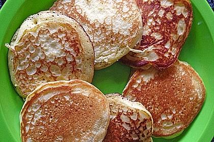 Amerikanische Buttermilch Pfannkuchen 9
