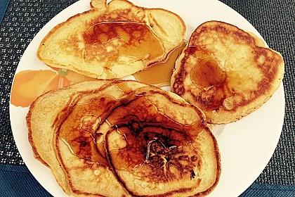 Amerikanische Buttermilch Pfannkuchen 15