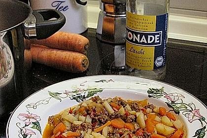 Serbische Kartoffelsuppe 6