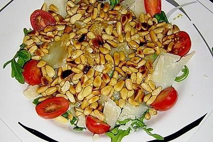 Rucola - Basilikum - Salat mit Pinienkernen und Parmesan 35