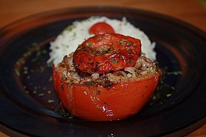 Gefüllte Tomaten mit Hackfleisch 2