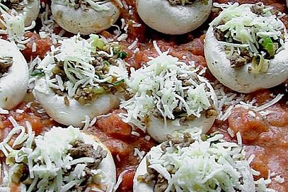 Gefüllte Champignons in Tomaten-Sahne 4