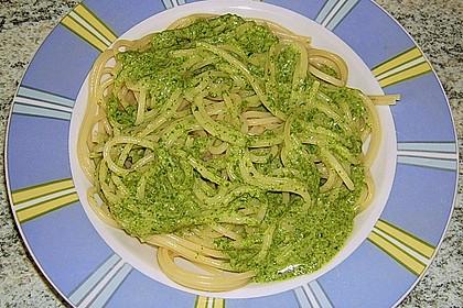 Spaghetti mit Spinatsauce 0