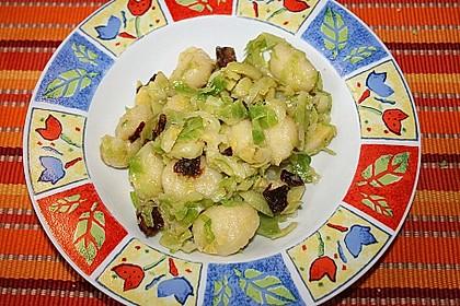 Gnocchi - Pfanne mit Rosenkohl 2