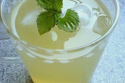Heiße Zitrone mit Ingwer und Minze 5