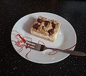 Blech - Kirsch - Käse - Kuchen mit Streuseln (Bild)