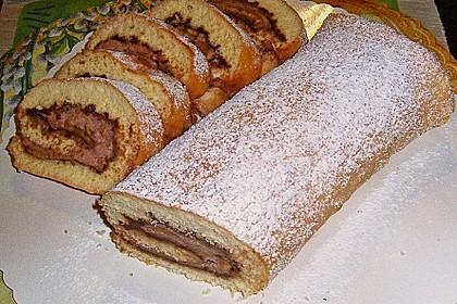 Biskuitrolle mit Nutella - Cappuccinosahne 11