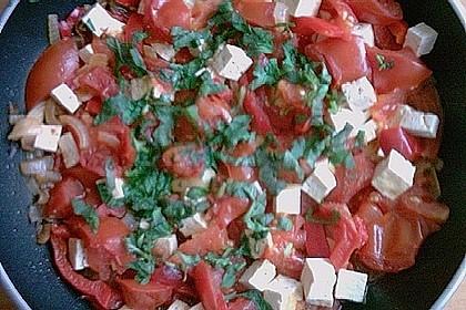 Tomatensoße mit Paprika und Tofu
