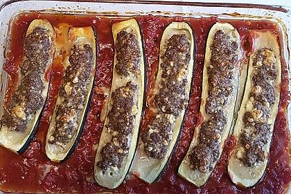 Annas gefüllte Zucchini im Tomatenbett 11