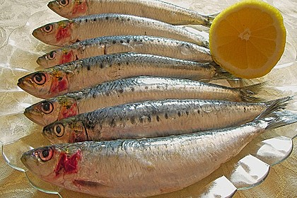 Gebackene kleine Fische 6