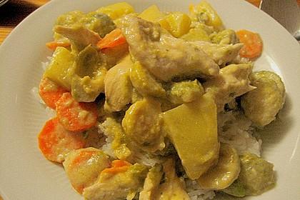 Ibu's Rosenkohl - Curry mit Hühnchen 3