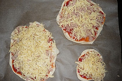 Pizza ganz einfach 5