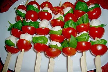 Mozzarella - Tomaten Spieße 12