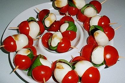 Mozzarella - Tomaten Spieße 11