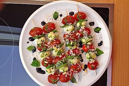 Mozzarella - Tomaten Spieße 18