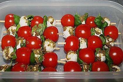 Mozzarella - Tomaten Spieße 3
