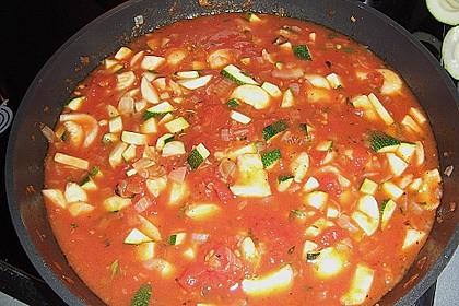 Mit Hackfleisch gefüllte Zucchini 24