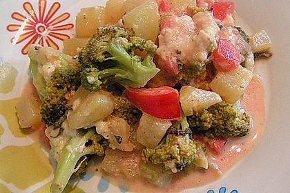 Kartoffelauflauf mit Brokkoli und Tomaten 11