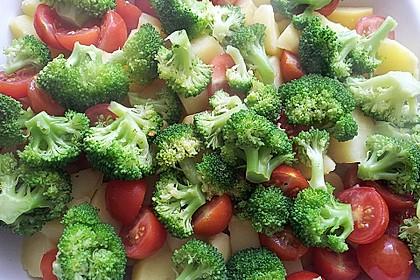 Kartoffelauflauf mit Brokkoli und Tomaten 12