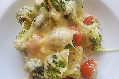 Kartoffelauflauf mit Brokkoli und Tomaten 2