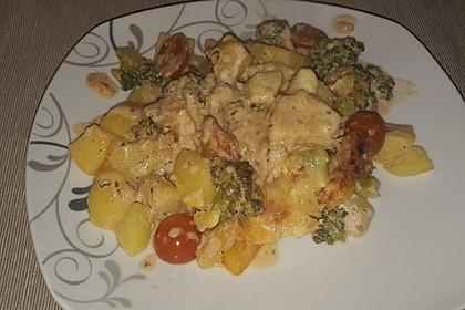 Kartoffelauflauf mit Brokkoli und Tomaten 23