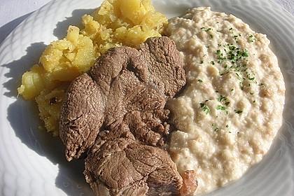 Rindfleisch mit Semmelkren und Kartoffelschmarrn