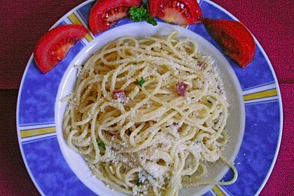 Spaghetti in Knoblauch und Öl 22