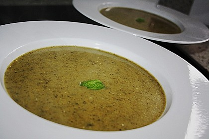 Brokkoli - Basilikum Suppe 7
